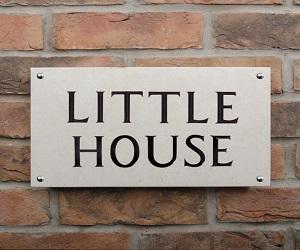 Limestone House Sign 2 line 35.5 x 20cm